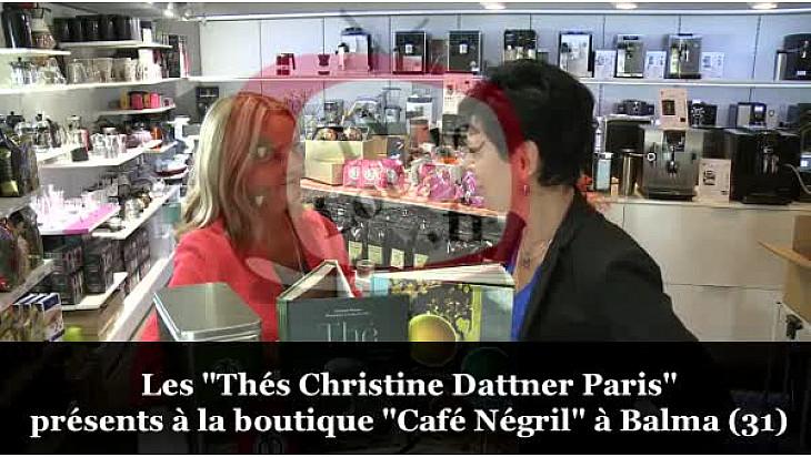 Christine Dattner des 'Thés Christine Dattner Paris' présentait ses derniers livres à la boutique Café Négril de Balma